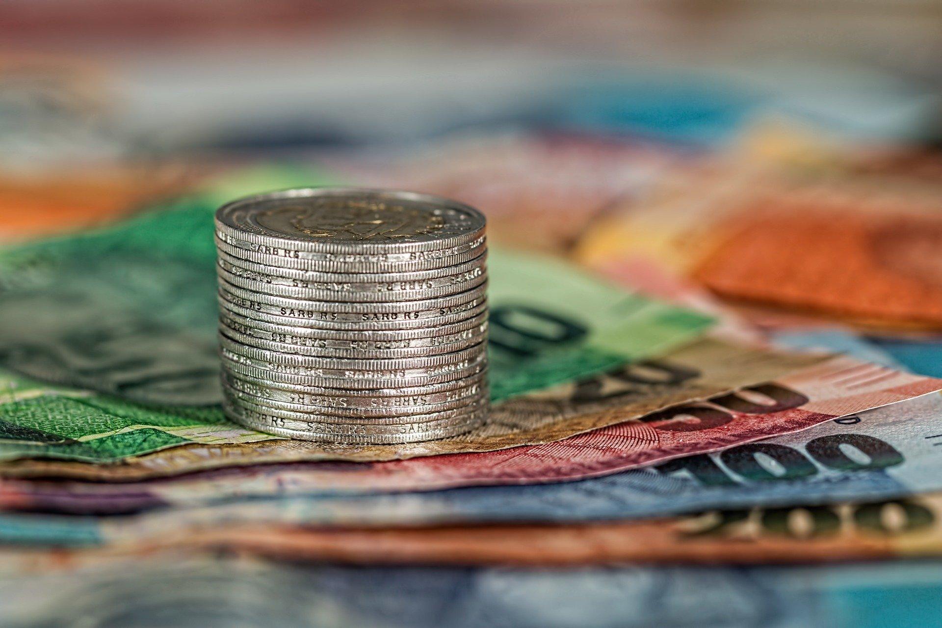Mønter-pengesedler