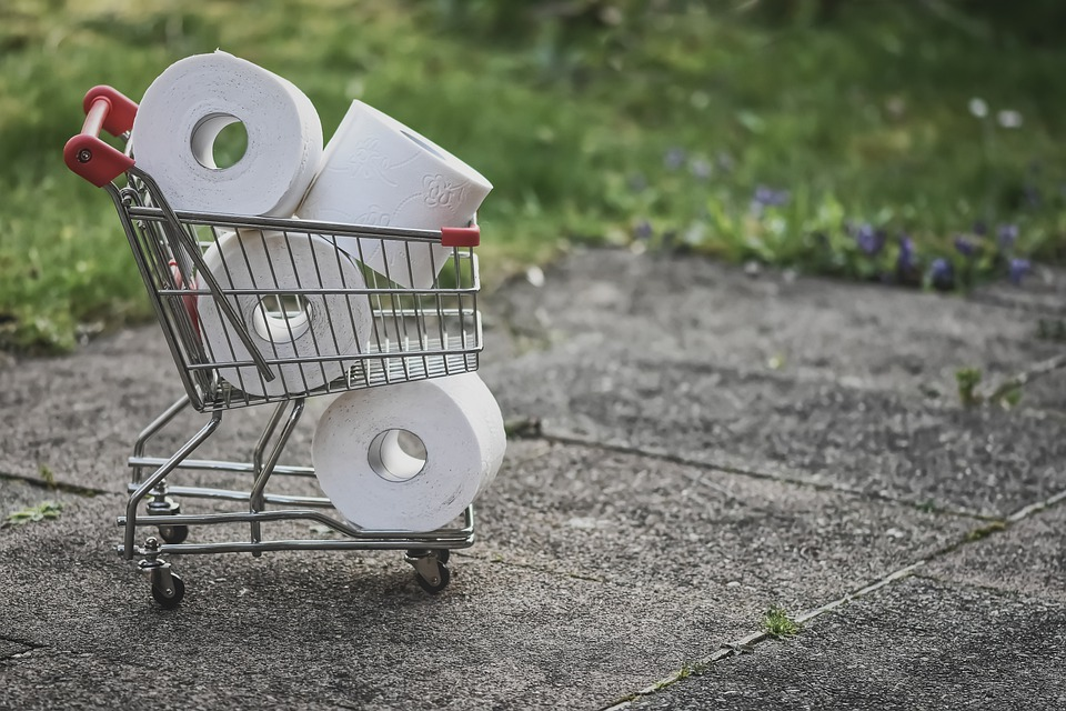 hamstring af toiletpapir